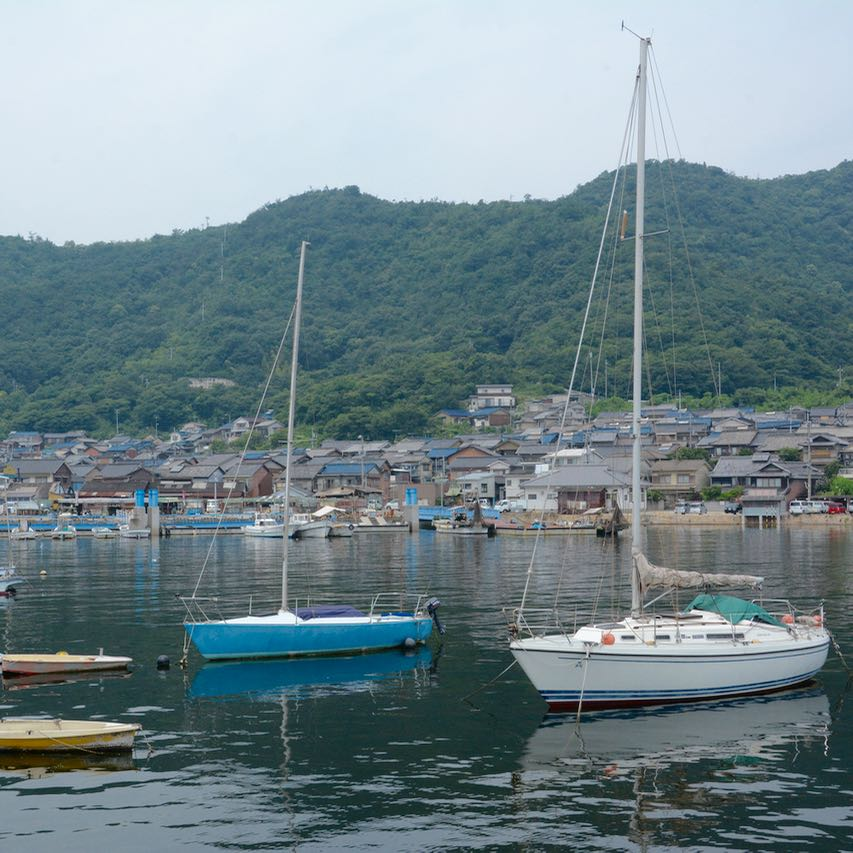 tomonoura port japan fisher boats