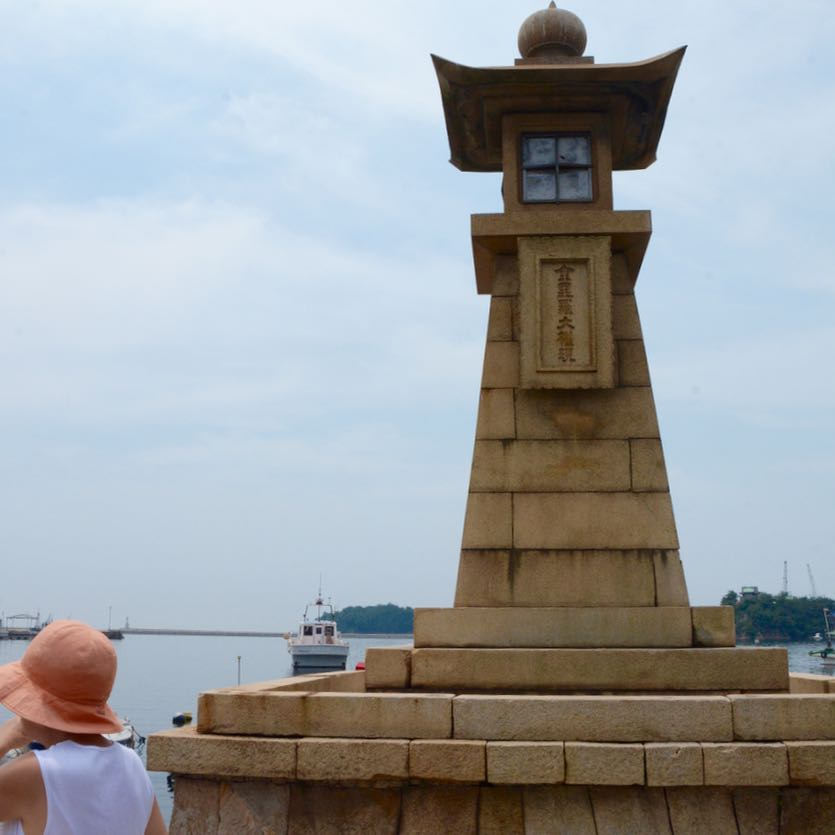 Tomonoura japan port stone lantern lighthouse