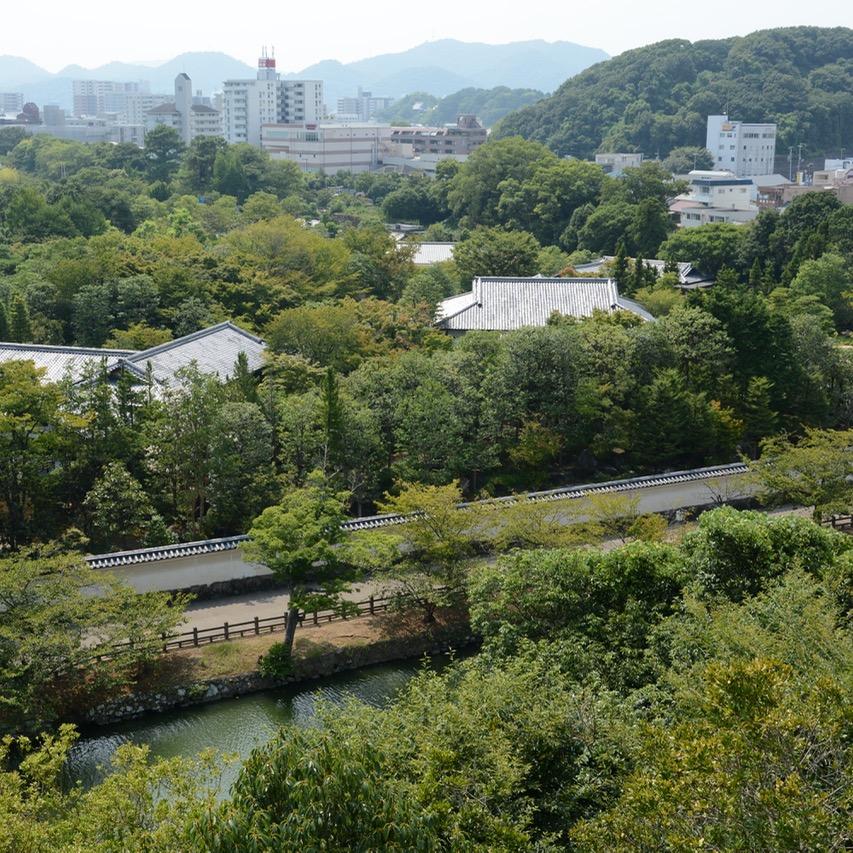 himeji castle architecture moat japan