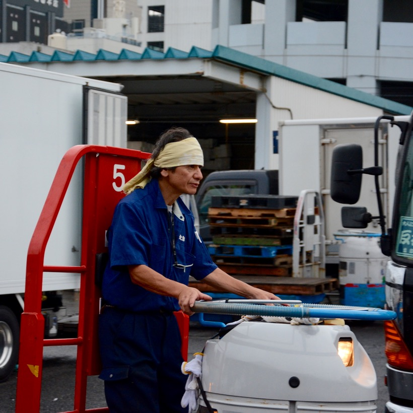 tsukiji tokyo fish market turret driver