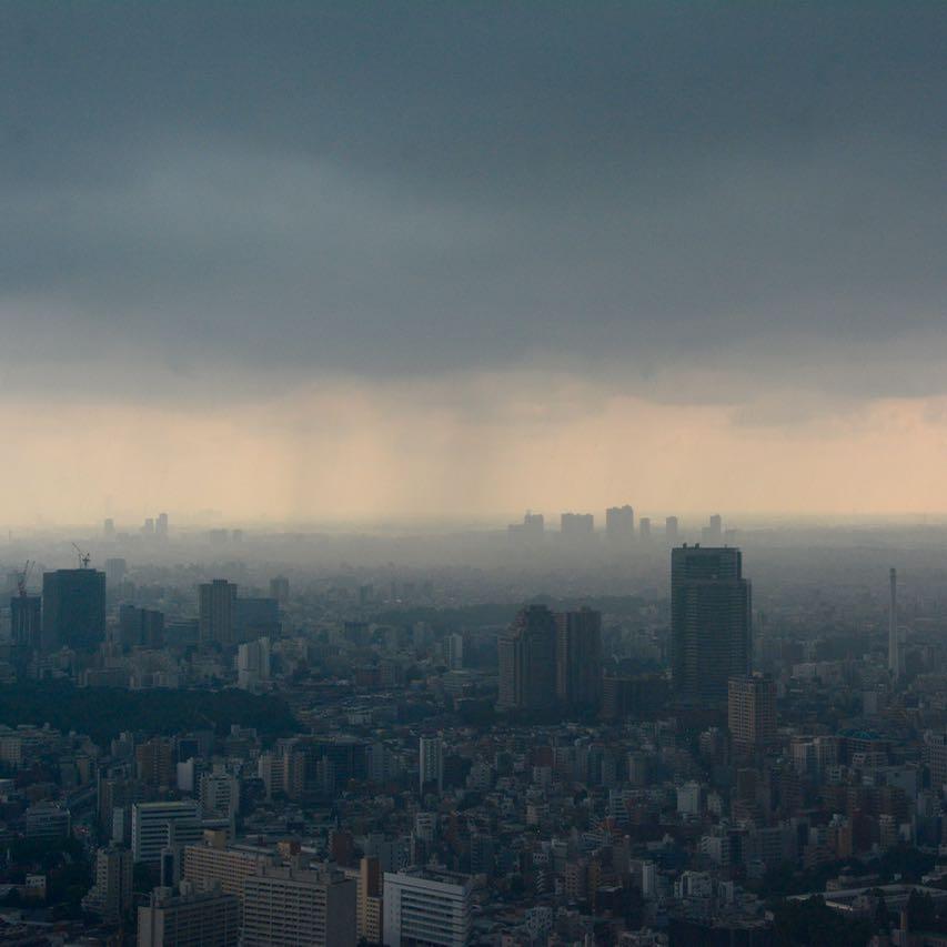 roppongi tokyo mori tower city view thunder storm