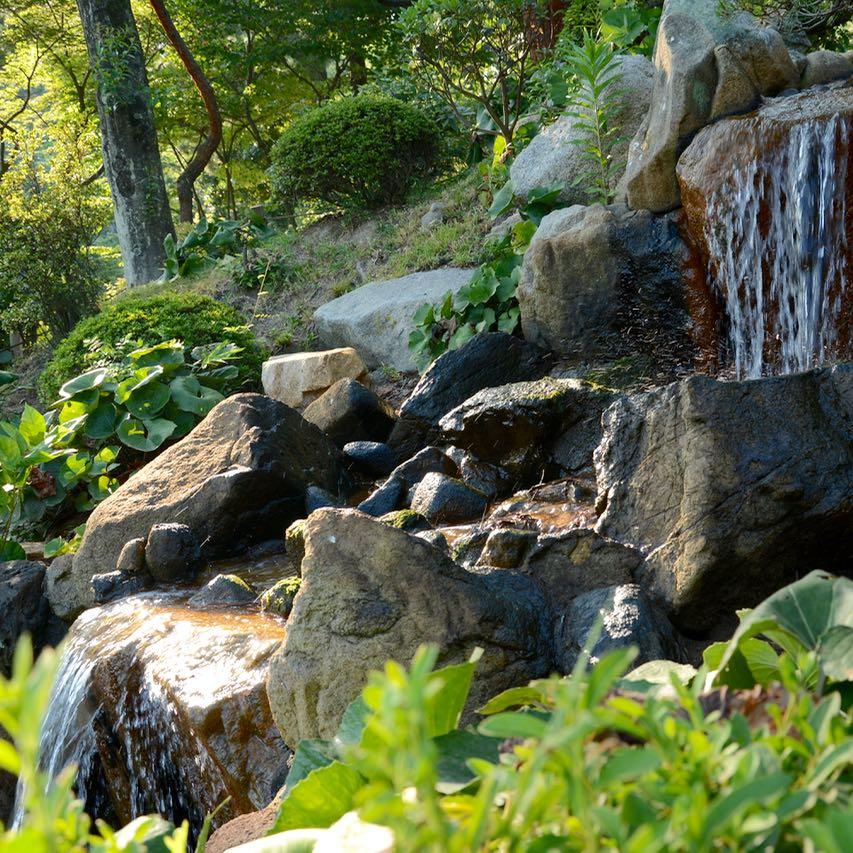 Hiroshima Shukkeien japanese garden lake waterfall
