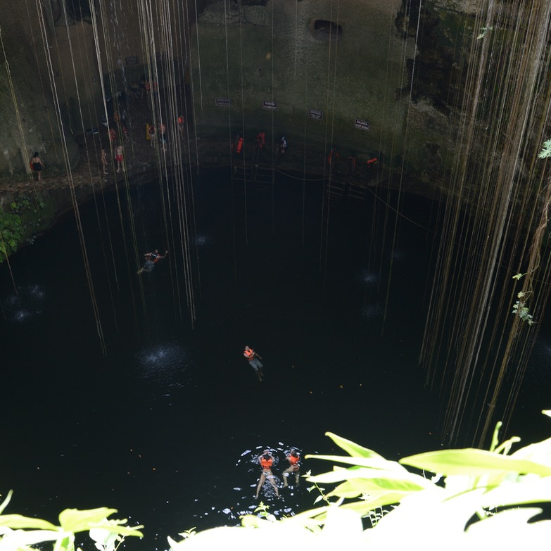 travel with children kids mexico chichen itza cenote ik kil