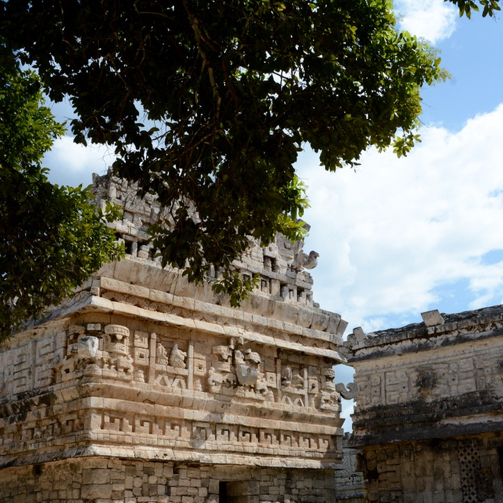travel with children kids mexico chichen itza thousand columns las monjas