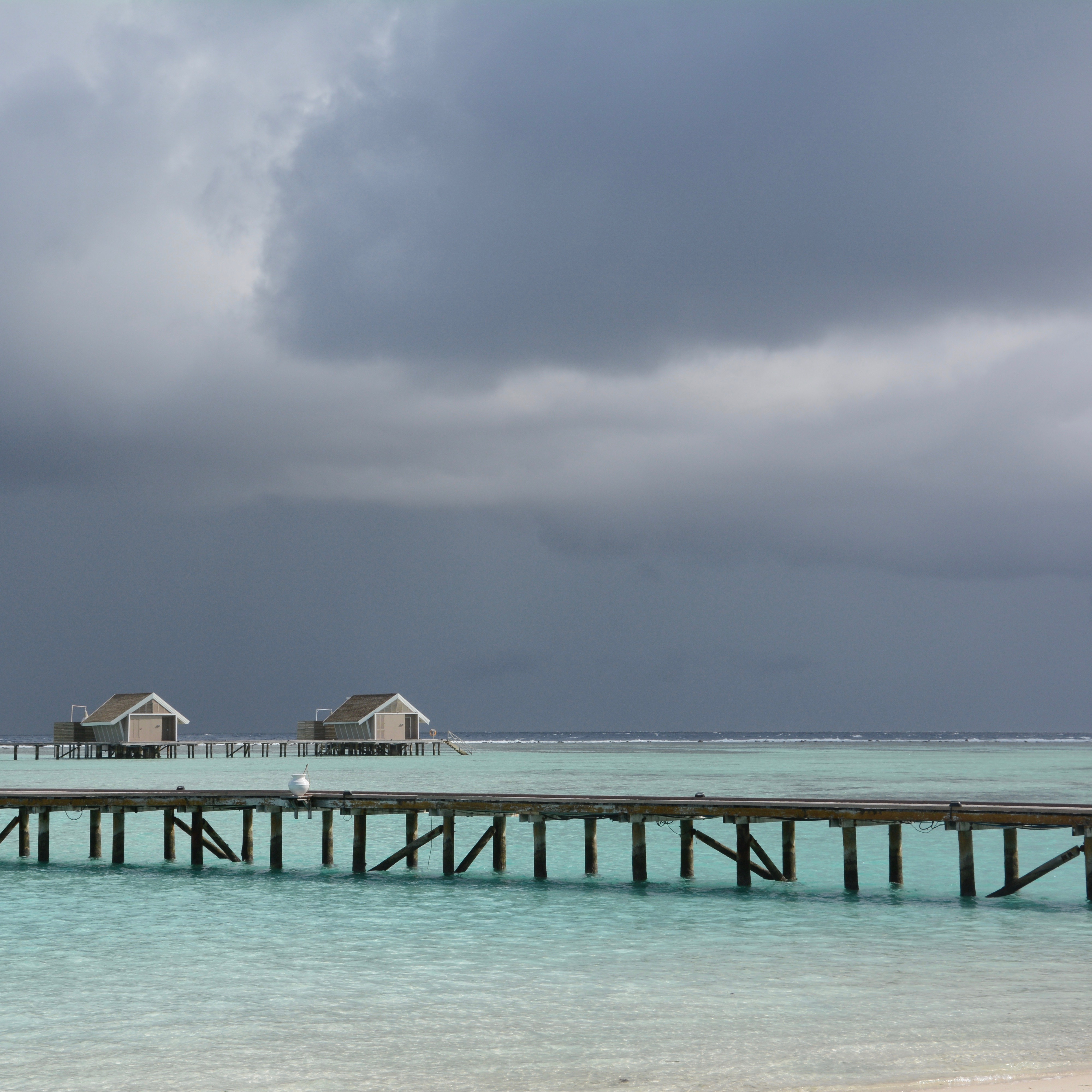 travel with children kids maldives lux south ari atoll grey clouds