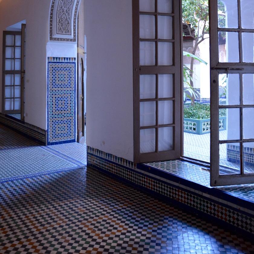 travel with children kids morocco marrakech bahia palace windows