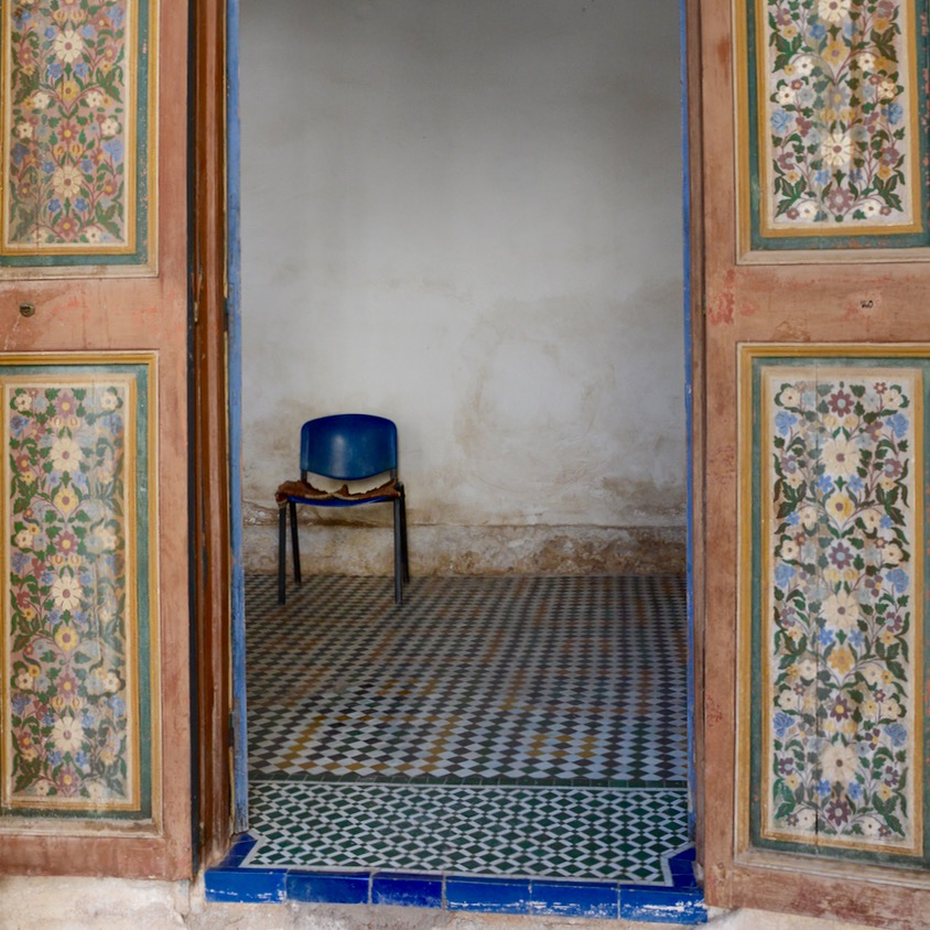 travel with children kids morocco marrakech bahia palace flowers