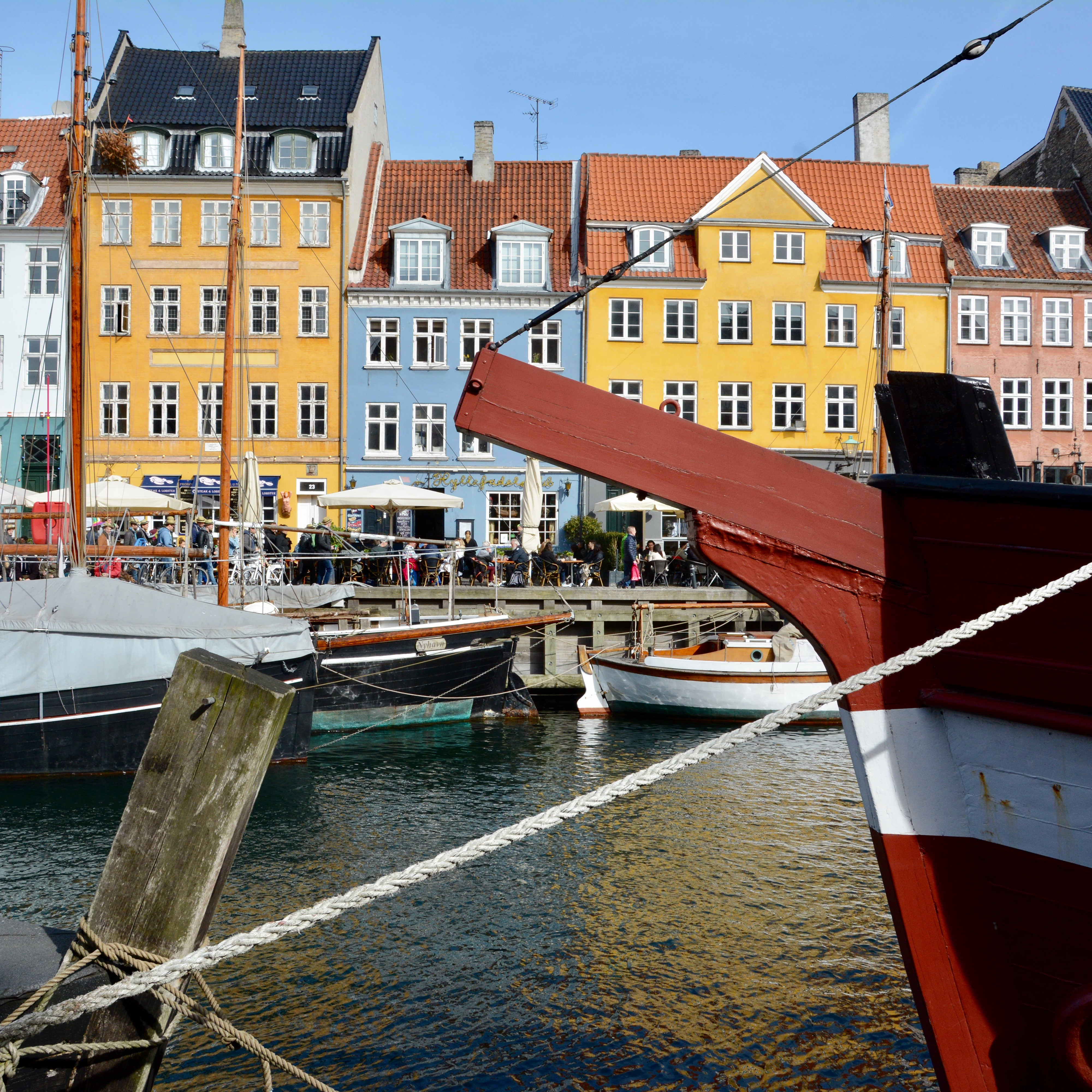 travel with kids children Copenhagen Denmark nyhavn canal boats