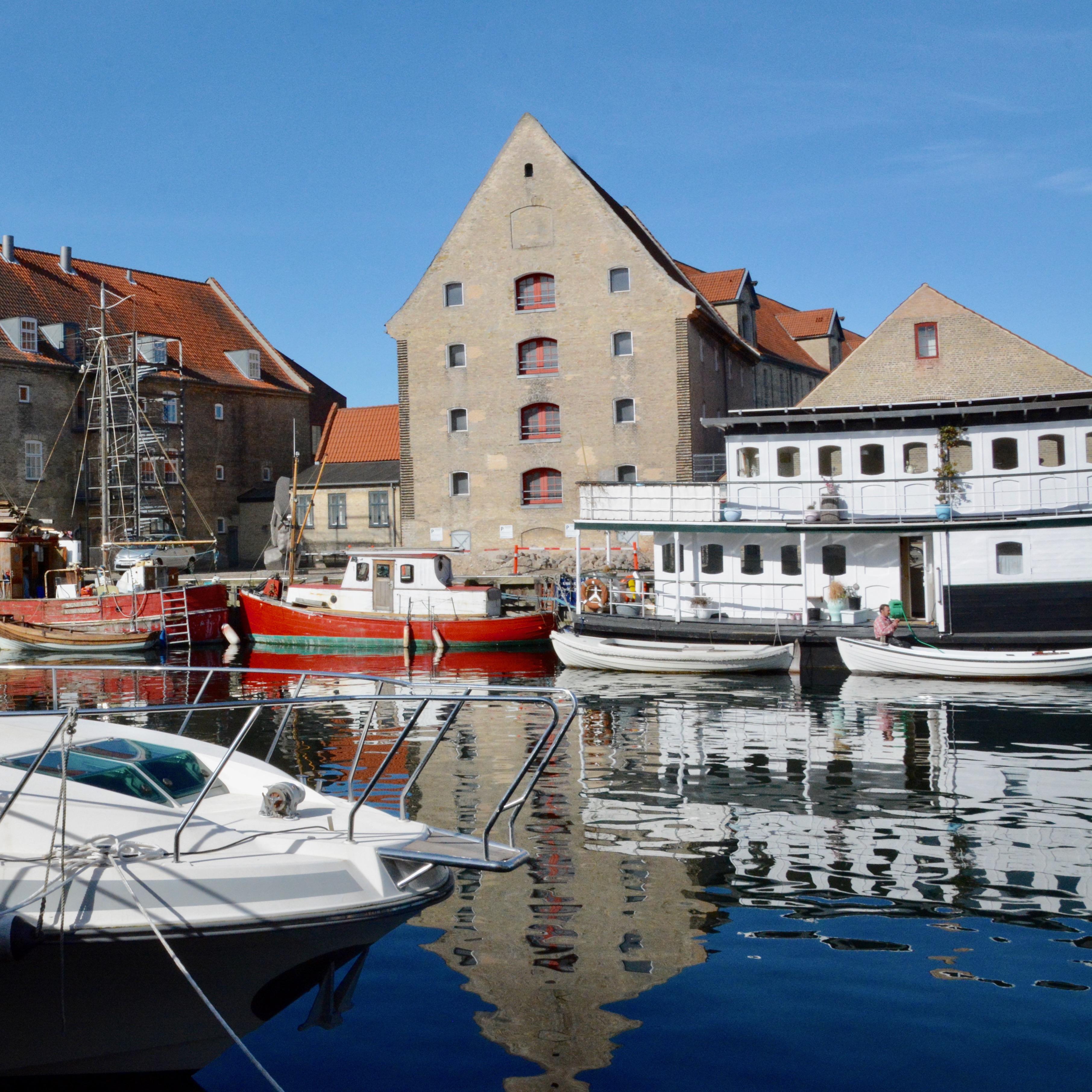 travel with kids children copenhagen denmark christianshavn canal boats