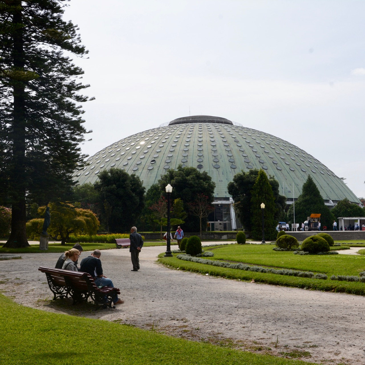 travel with kids children porto portugal botanic garden