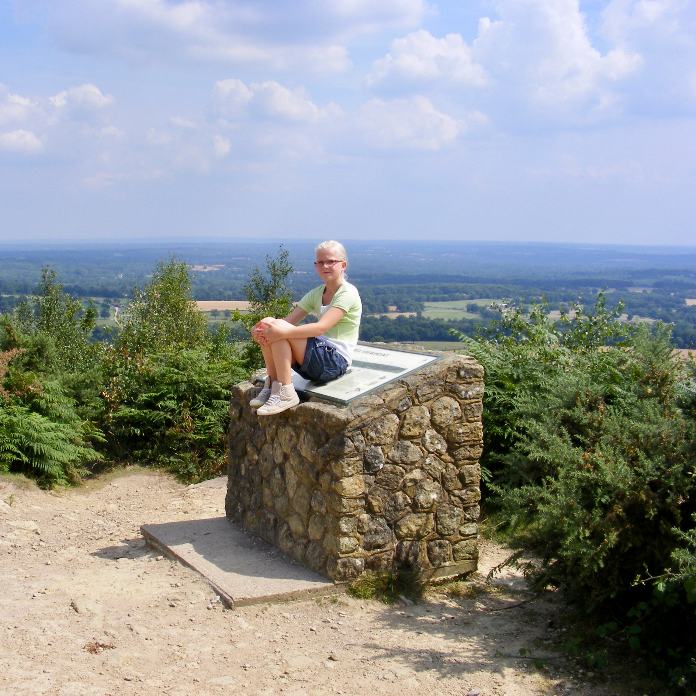 travel with kids children tips experiences leni hiking england