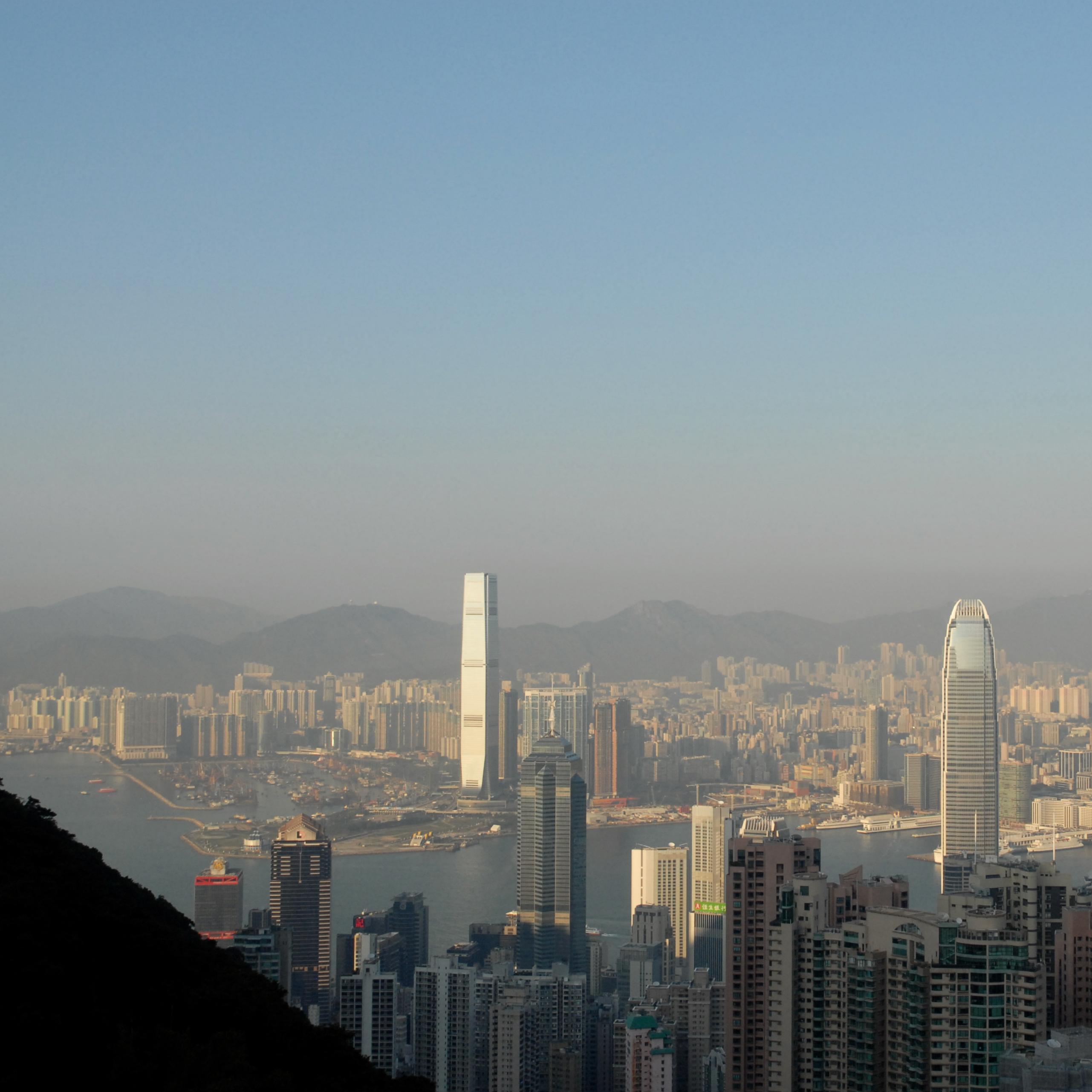 travel with kids children hong kong the peak view