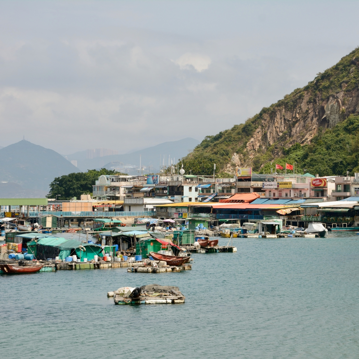 Lamma Island, Hong Kong | A Hike along the Island's FamilyTrail