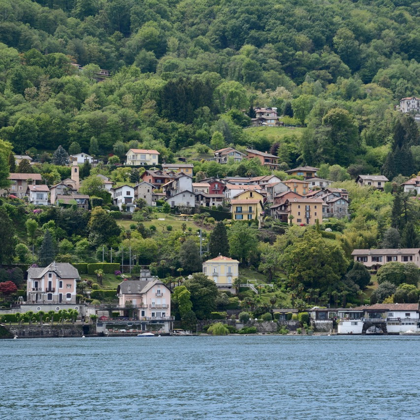 travel with kids children isola bella lago maggiore italy stresa houses