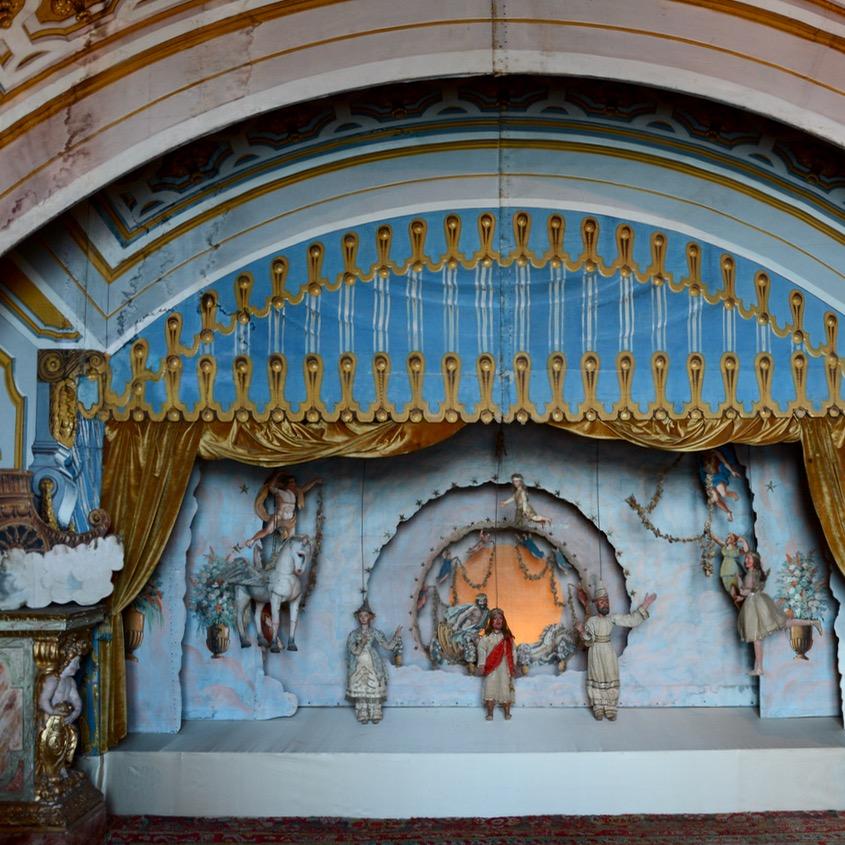 travel with kids children isola madre lago maggiore italy palazzo borromeo marionette theatre